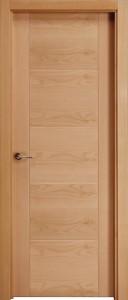 F6 puerta de madera de roble barnizada