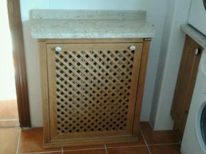Cubre radiador barnizado según muestra